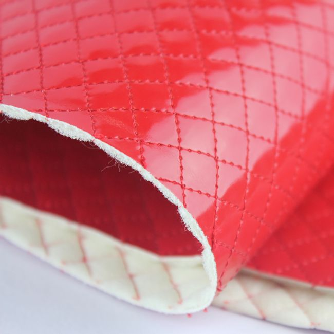 Pu-micromatelasse-lote-unico-vermelho